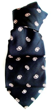 Silk ties, bow ties, scarves, clothes accessories, online shopping.