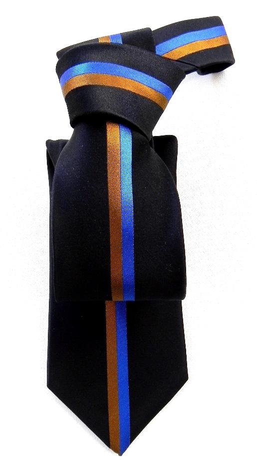 Silk ties, bow ties, scarves. neck ties